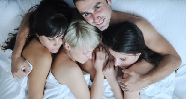 Banging Hot Chicks has Never Been Easier with THESE Tips!
